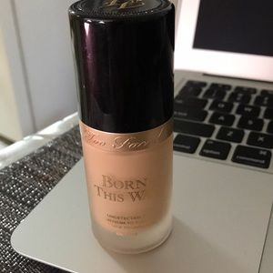 """Too Faced """"born this way"""" foundation"""